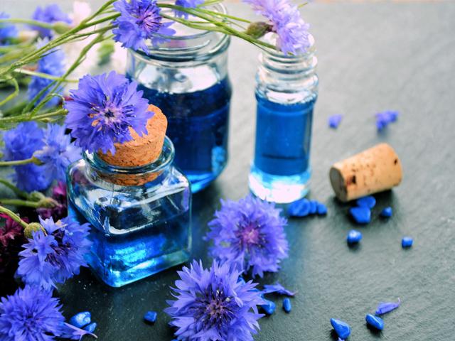 eau florale de bleuet